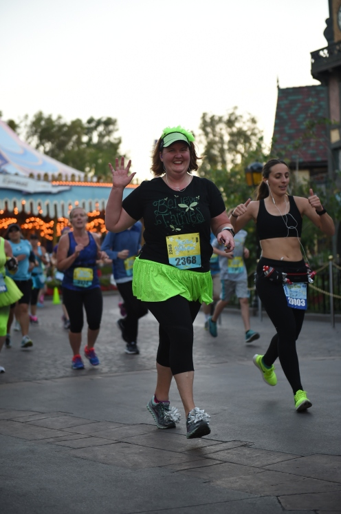 RUNDISNEY_DLRMARAACTION2_20170514_8034675069